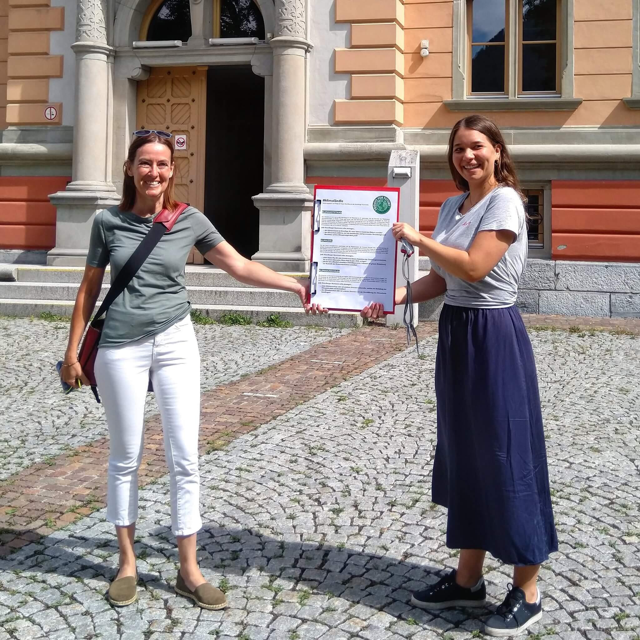 Unterzeichnung der #fridaysforfuture-Forderungen